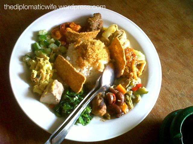Made's Warung Nasi Campur Special