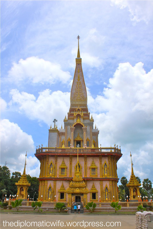 60 meter high pagoda containing a piece of Lord Buddha's bone