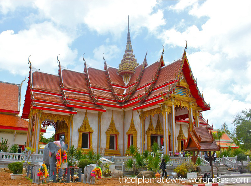 PHUKET TRAVEL DIARIES: Whatchadoin in Wat Chalong?