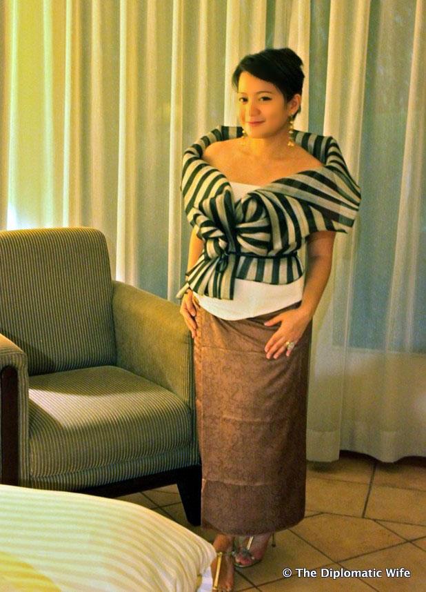 pure silk batik yogyakarta the diplomatic wife-002