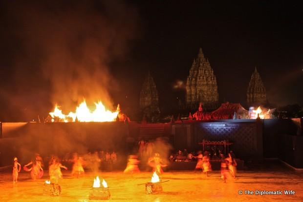 ramayana ballet prambanan temple yogyakarta-001