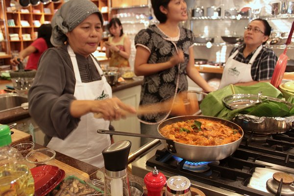 10-Pantry Magic Minang Indonesian Cooking Class-009