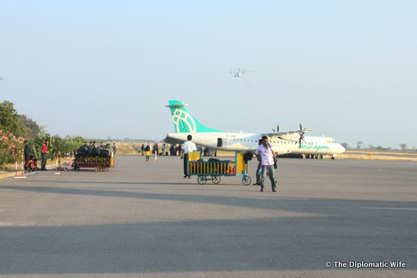 03-bagan domestic airport-002
