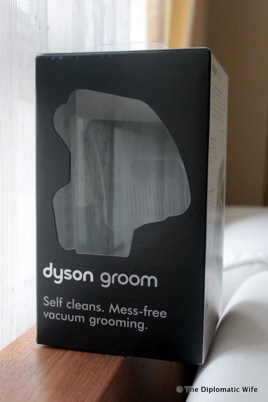 1-Dyson Groom Tool-002