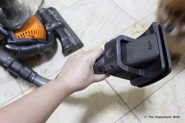 3-Dyson Groom Tool-003