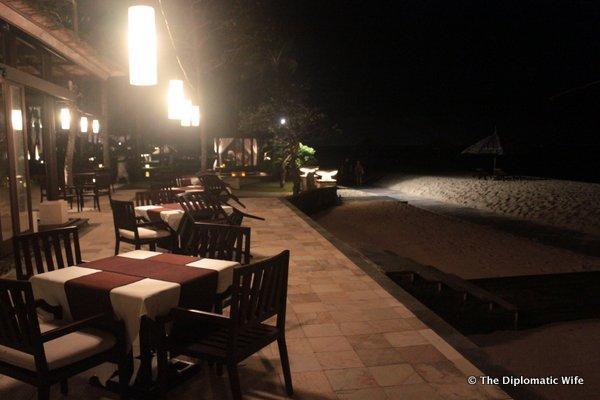 03-eight degrees south restaurant conrad hotel bali-002