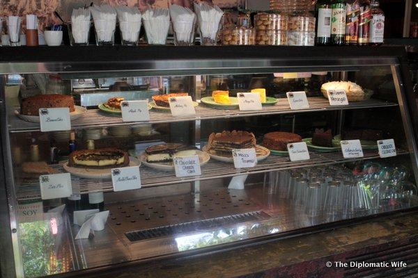 06-Cafe Batujimbar Sanur-005