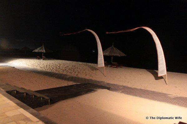 06-eight degrees south restaurant conrad hotel bali-005