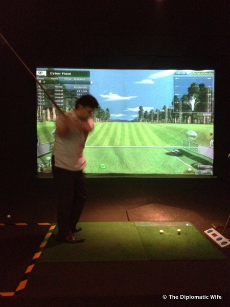 7-Beerdy Virtual Golf Gandaria City Mall-006