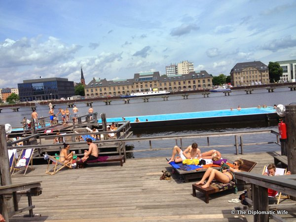 BERLIN FINDS: Badeschiff and Nhow Hotel