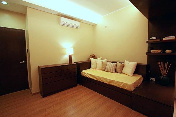 decorating condominium interior design-023