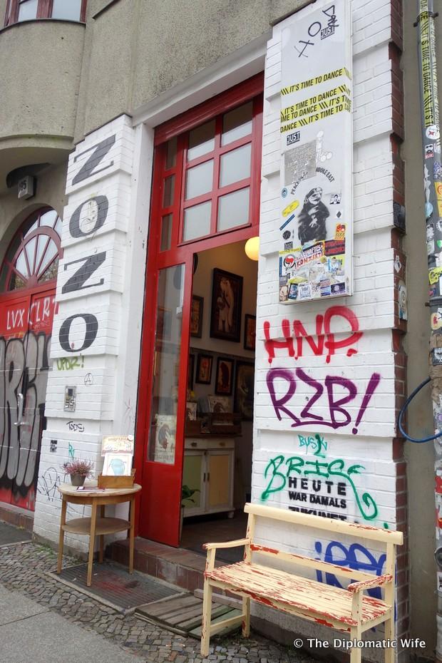 onkel zozo art gallery kreuzberg berlin-001