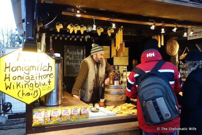 schloss charlottenburg christmas market-033