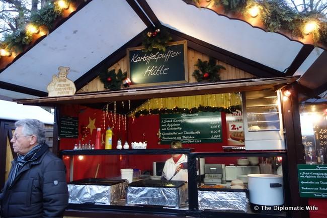 schloss charlottenburg christmas market-039