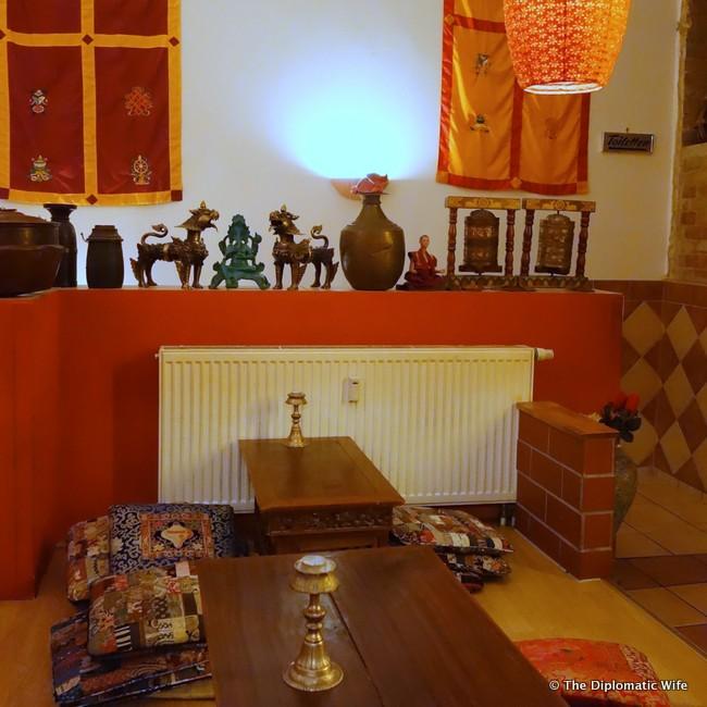 buddha haus nepalese tibetan restaurant berlin-012