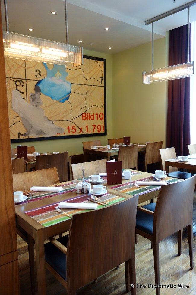 concorde hotel berlin breakfast buffet-001