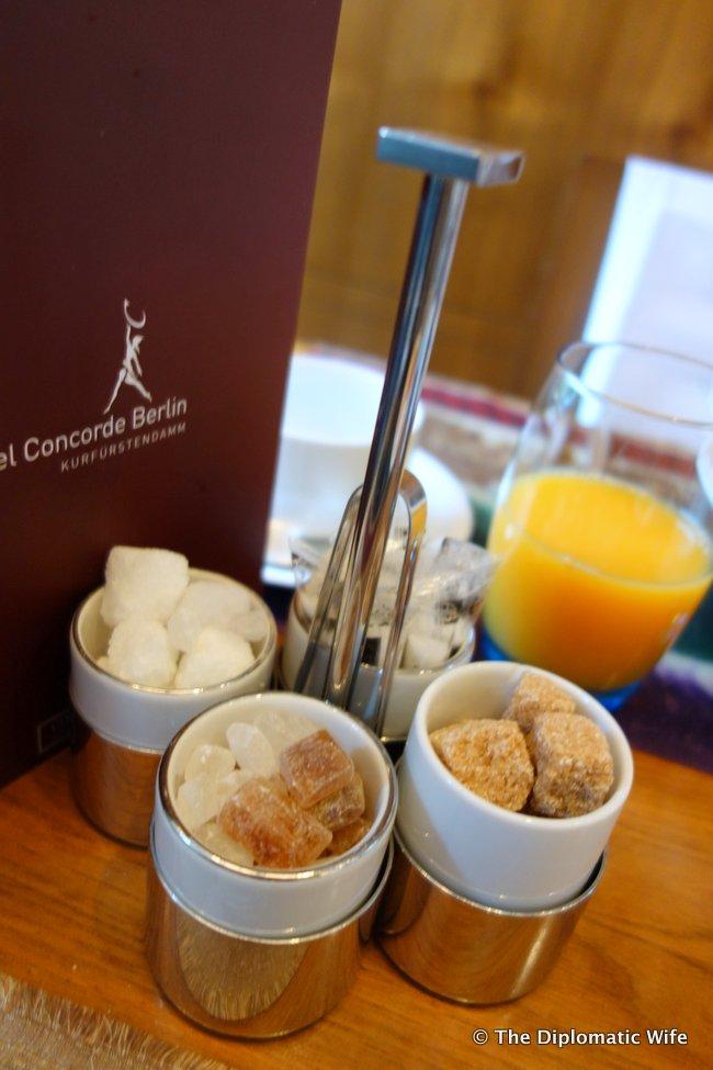 concorde hotel berlin breakfast buffet-002