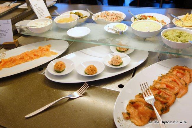 concorde hotel berlin breakfast buffet-007