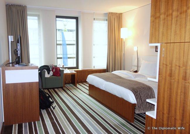 concorde hotel room berlin-002