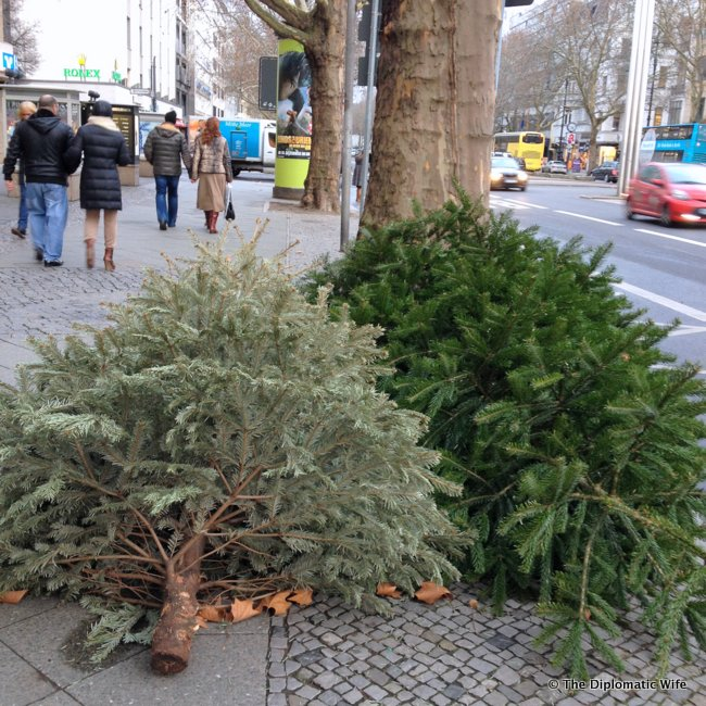 disposing christmas trees berlin
