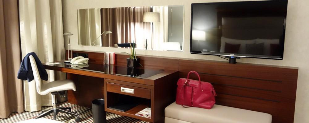 FRANKFURT INFO: Marriott Hotel Room