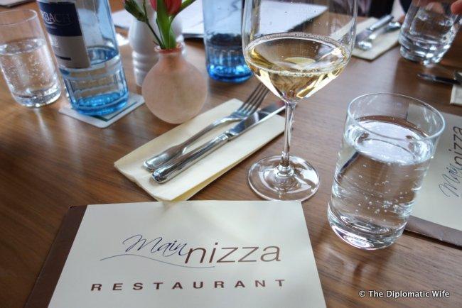 main nizza restaurant frankfurt-001