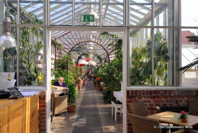 royal garden academy.12