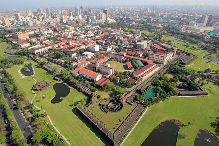 intramuros tour manila