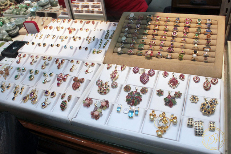 yangong gem market shopping-001