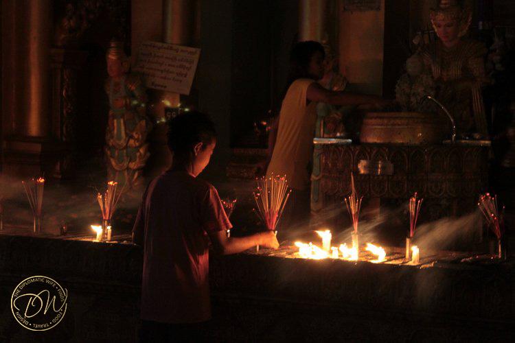 shwedagon-pagoda-yangon-myanmar-003