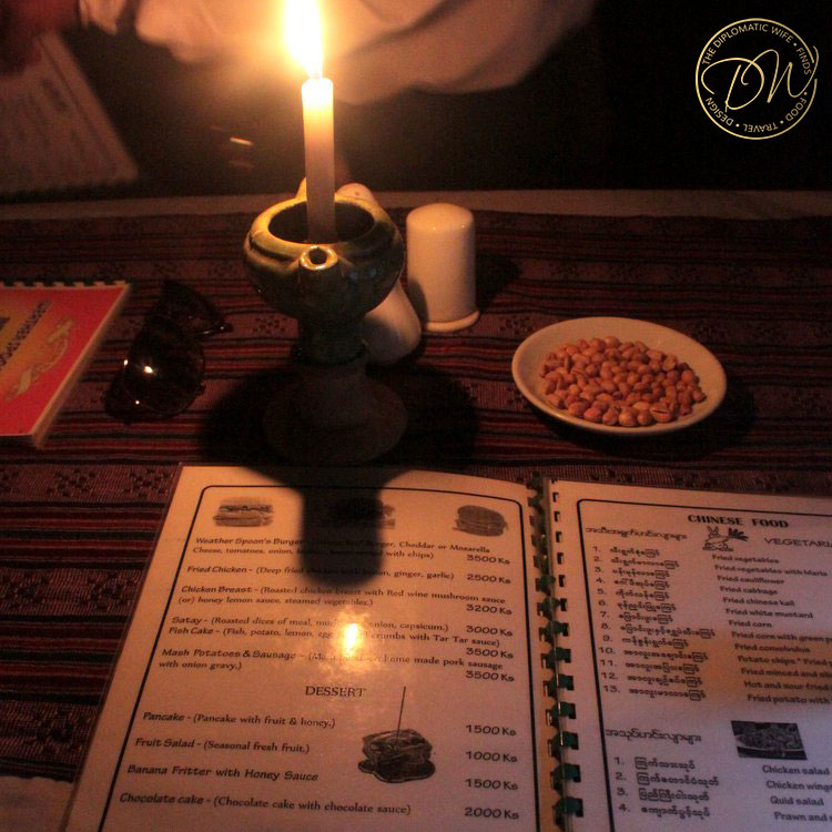 weatherspoons-bagan-restaurant-burger-002
