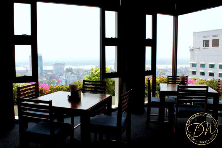 yangon-thiripyitsaya-sky-bistro-restaurant-008