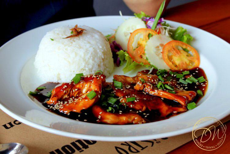 yangon-thiripyitsaya-sky-bistro-restaurant-009